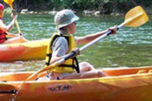 enfant-canoe