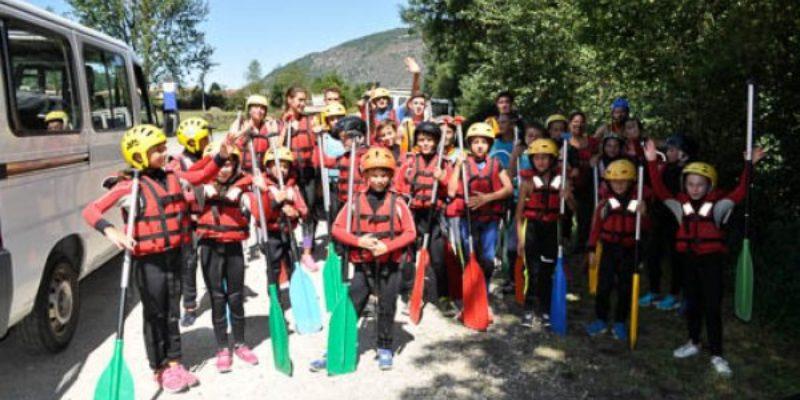 rafting-groupe-enfants-3-o8e1447gx84d4mxumr0l37cdkxoc21aat27isg92n4